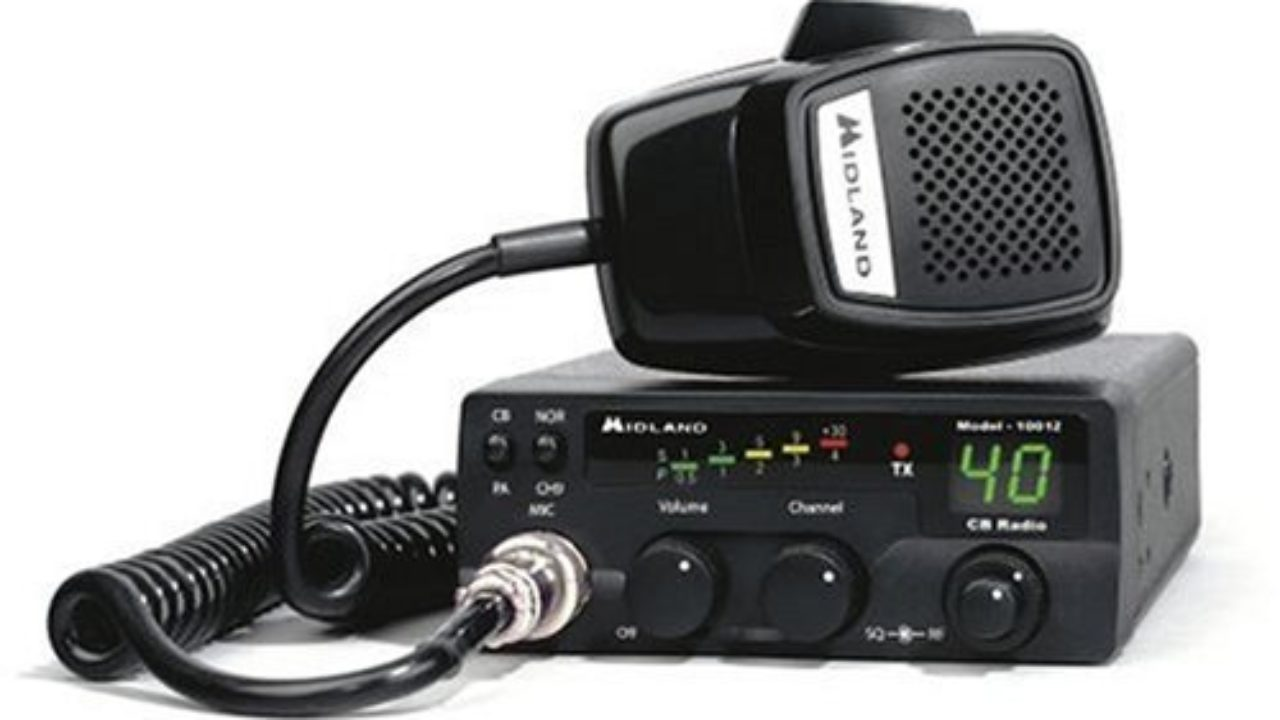 5 Best CB Radio for Truckers With Good Features and Range
